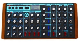 Moog Voyager Rack Mount Edition analogni synthes...