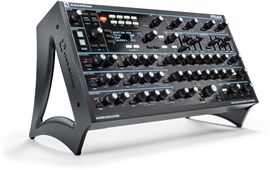 Novation Peak polifonski desktop sintesajzer