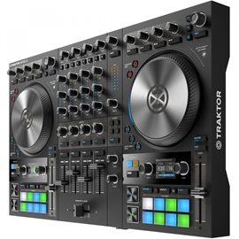 Native Instruments Traktor Kontrol S4 M...